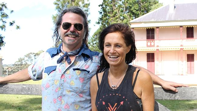 Americana vibe ... Brian 'BT' Taranto and Kasey Chambers check out the Bella Vista Farm v